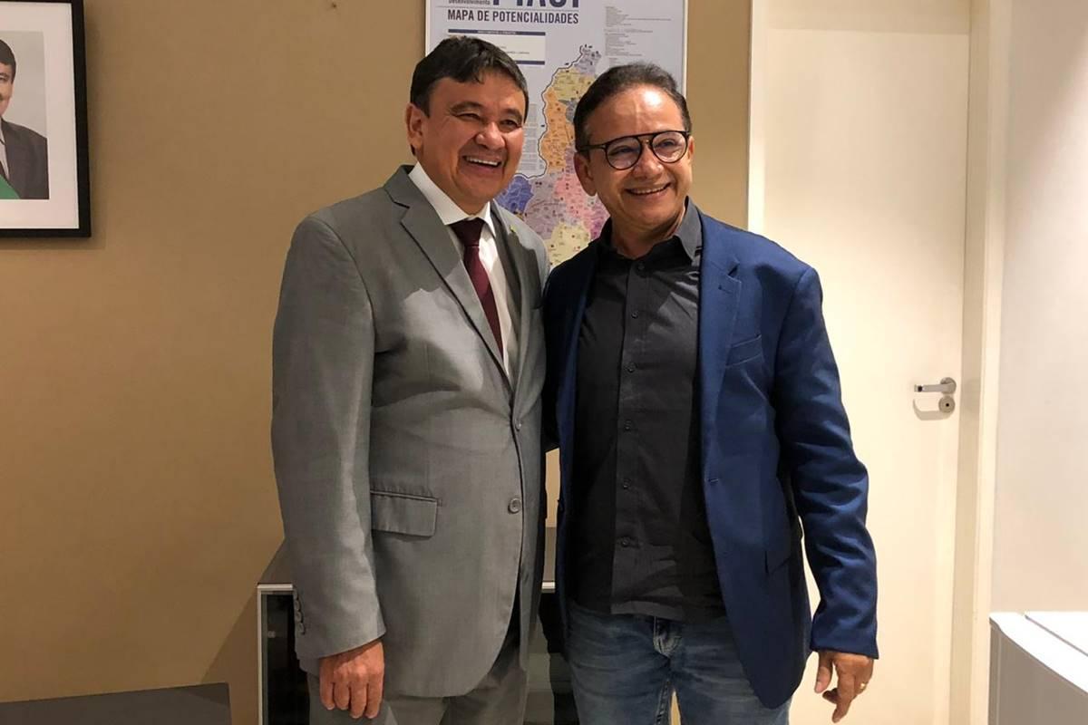 Dr. Hélio será o candidato do petista W. Dias em Parnaíba